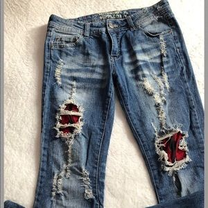 Mossimo Distressed denim jeans size 7